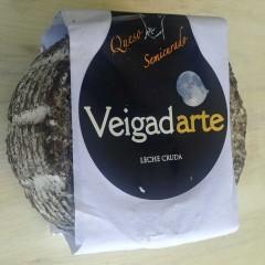 Queso semicurado de cabra con malta de cebada Veigadarte 2 a 2,2 Kg aprox